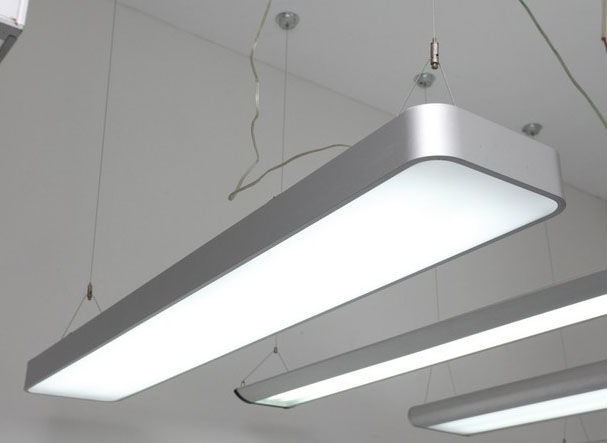 Luz colgante LED KARNAR INTERNATIONAL GROUP LTD